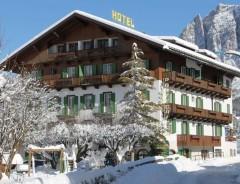Cortina d´Ampezzo - Hotel PONTECHIESA ***